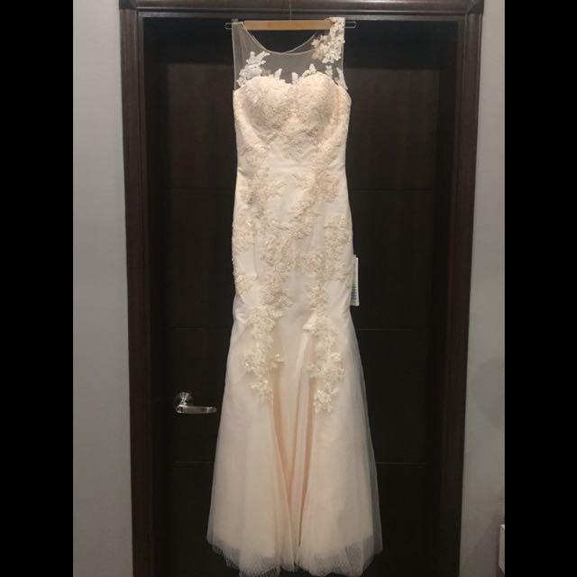 Sara Joe Lace Appliqué Mermaid Dress, Women\'s Fashion, Bridal Wear ...