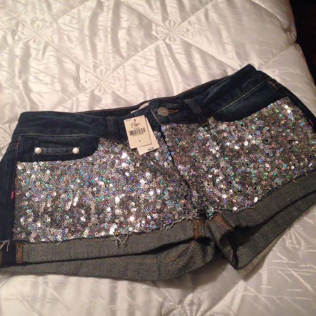 Shorts Size 0