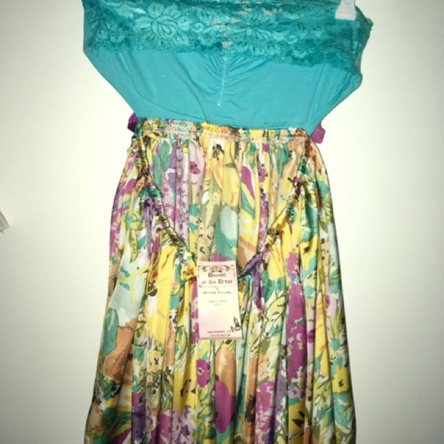 Strapless Flow Dress (Small)