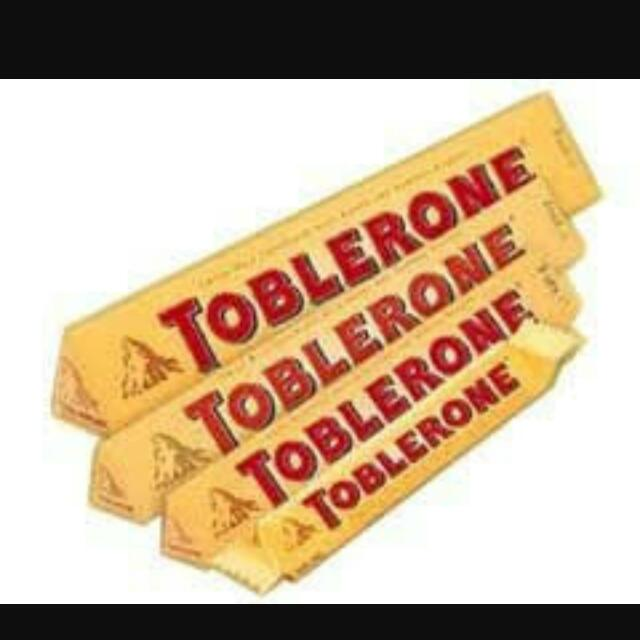 Toblerone 400grams (Biggest Size)