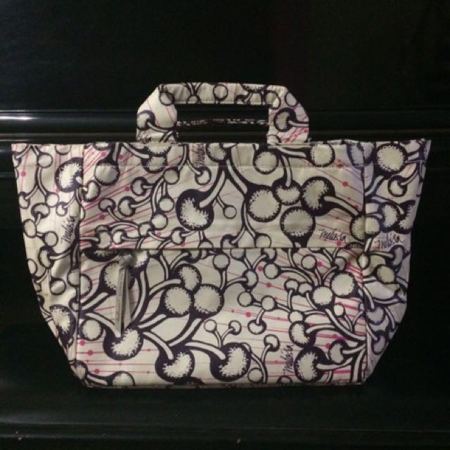 Tas kerja/ Tote Bag TULISAN by Melissa Sunjaya