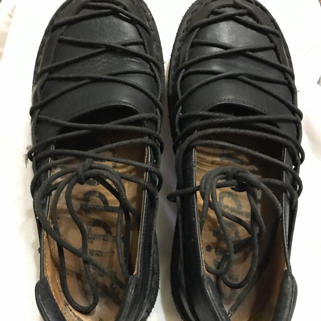 Trippen蟑螂鞋