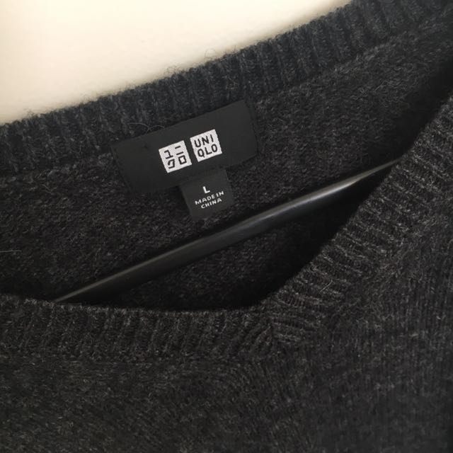 Uniqlo knitted sweater in Mens Large
