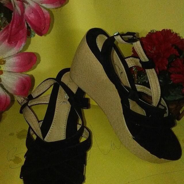 Wegles  Women Shoes