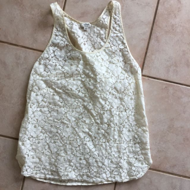 Wilfred Top From Aritzia