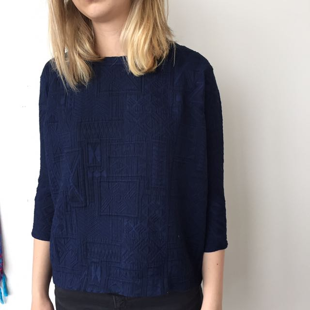 Zara ethnic print blue sweater size S