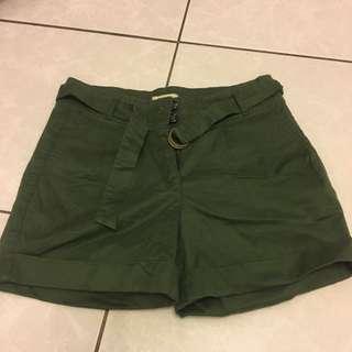 Weathered 綠色短褲 #兩百元短褲