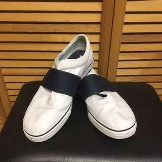 Men's Puma Sneakers Size 10