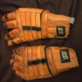 Vintage Hockey Gloves