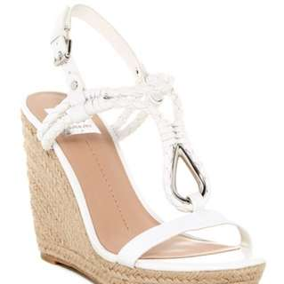 New Dolce Vita Wedge Sandals Size 9