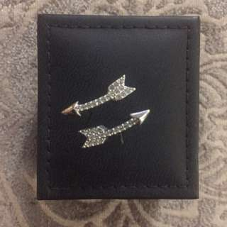 BRAND NEW Sterling Silver Arrow Earrings