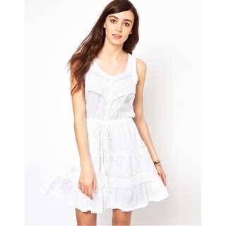 Warehouse White Lace Dress #SunriseTV