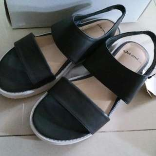 全新 日本 購入 niko and 涼鞋 sandal 夏天