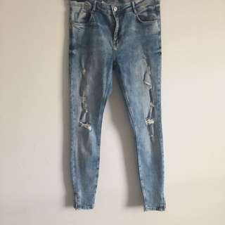 Zara ripped jeans size 8-10