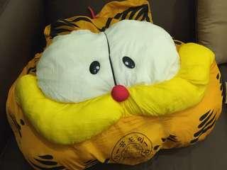Garfield large cushion