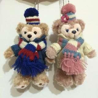 東京海洋迪士尼 絕版達菲雪莉玫 duffy shelliemay 2012冬季限定毛線大衣站姿吊飾玩偶