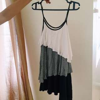 Forever21 Tierred Top