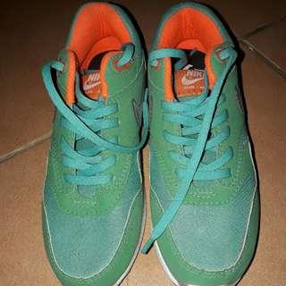 Sepatu Nike Uk 38