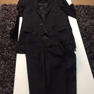 BOSTON Almost New( Only Worn 2times,,,) Black Business Suit Set