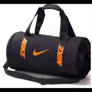 nike duffle bag (Brand new)