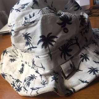 葉子漁夫帽