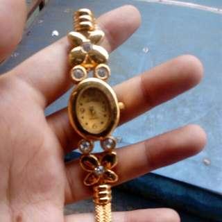 Jam Oleh Oleh Arab