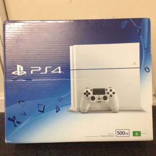 500gb White PlayStation 4