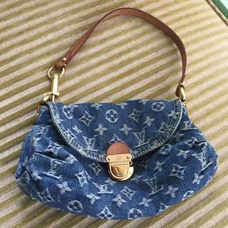 💯%Authentic Louis Vuitton Denim Jeans Fabric Limited Edition Shoulder Bag