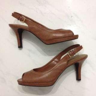 Deflex Brown Heels