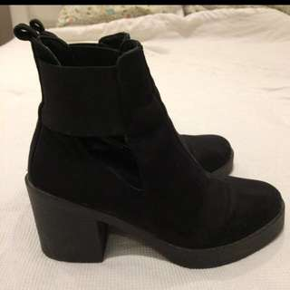 [Further Reduction]Topshop Ankle Boots Size 37