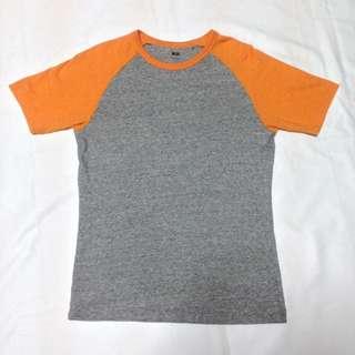 Uniqlo Raglan T-Shirt