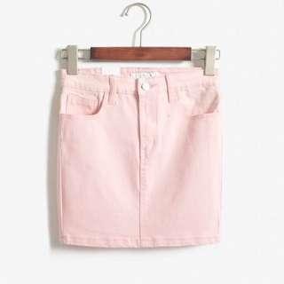 98🆕馬卡粉》簡約素面顯瘦牛仔短窄裙 Size:L