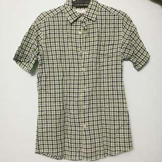 Uniqlo Men Checkered Shirt Size S