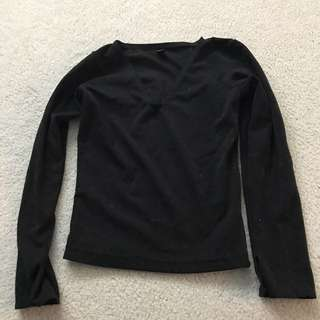 black velvet long sleeved crop top