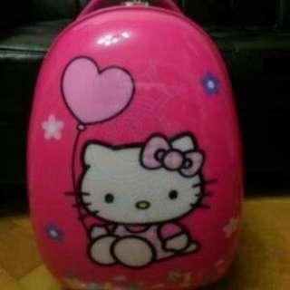Hello Kitty 蛋型喼仔