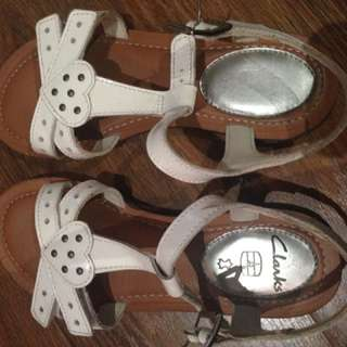 Clarks sandle for girl