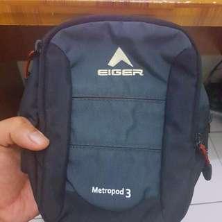 WTS Eiger Sling Bag