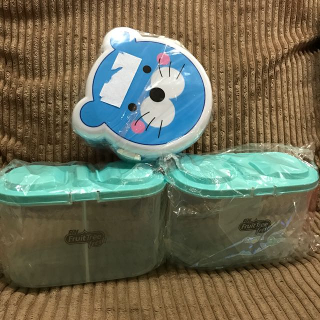 Assorted Container With Compartments