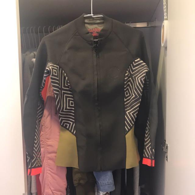 Billabong 淺水衣