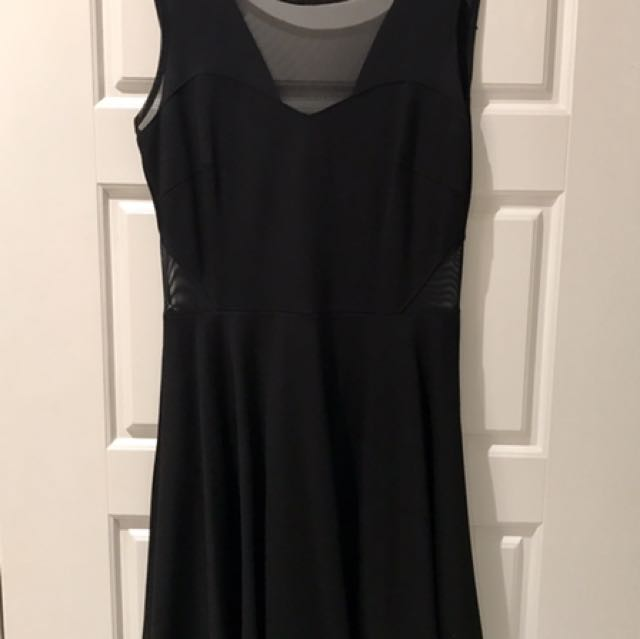 BLACK DRESS FROM GUESS