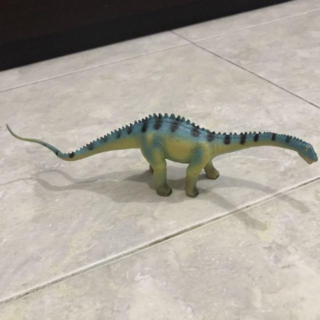 Dinosaur 1