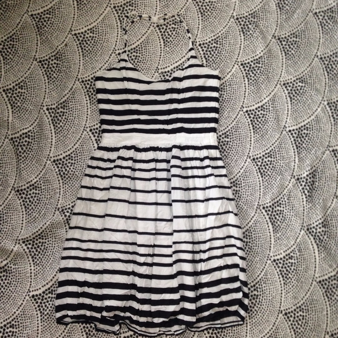 H&M - Strappy dress