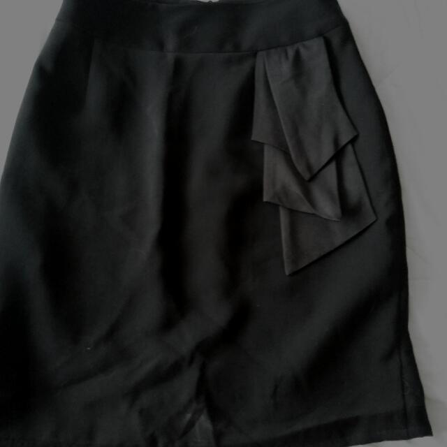 Invio Skirt Black