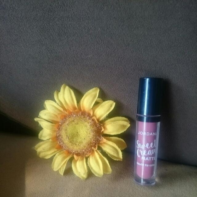 Lipstick Jordana