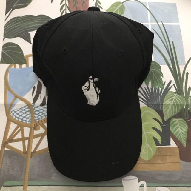 LOVE CAP