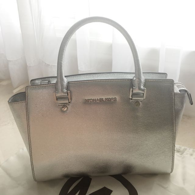 Michael Kors Selma Medium In Silver
