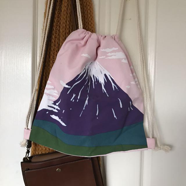 MT FUJI drawstring backpack