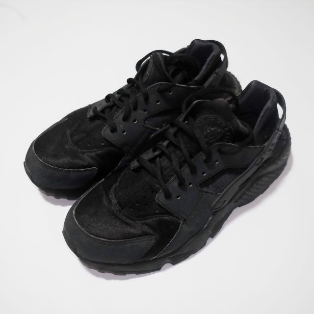 size 40 4a24e 2452f ... sale nike huarache triple black womens womens fashion shoes on  carousell 028c4 ec808