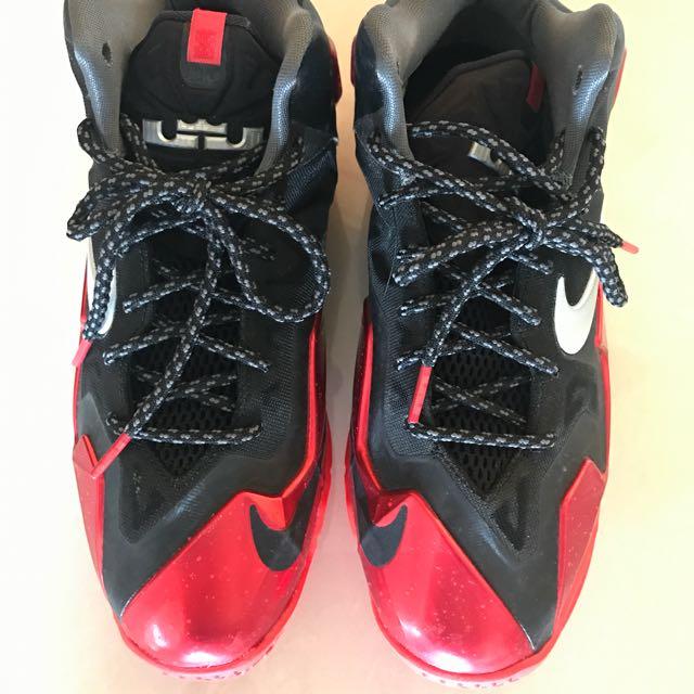 Nike LeBron James XI 球鞋 紅黑