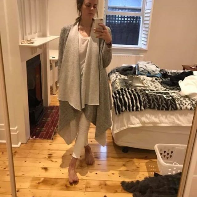 OSKAR Flowing Grey Winter Coat Size M